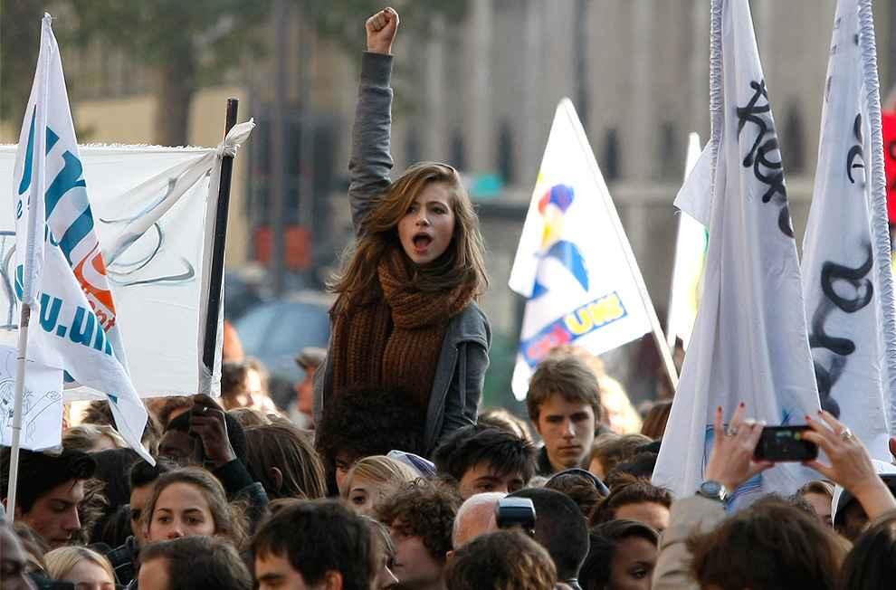 Előretört a baloldal Franciaországban - forrás:NET