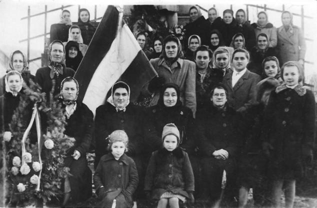 A(z h)őskorszak - A Magyar Nők Demokratikus Szövetsége, 1950 körül