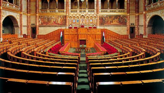 parlamentipatko01