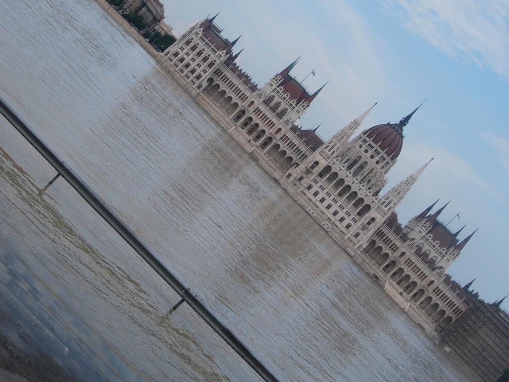 arviz parlament