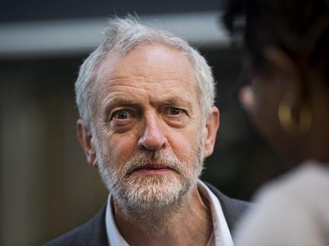 Jeremy Corbyn eyes victory 2015