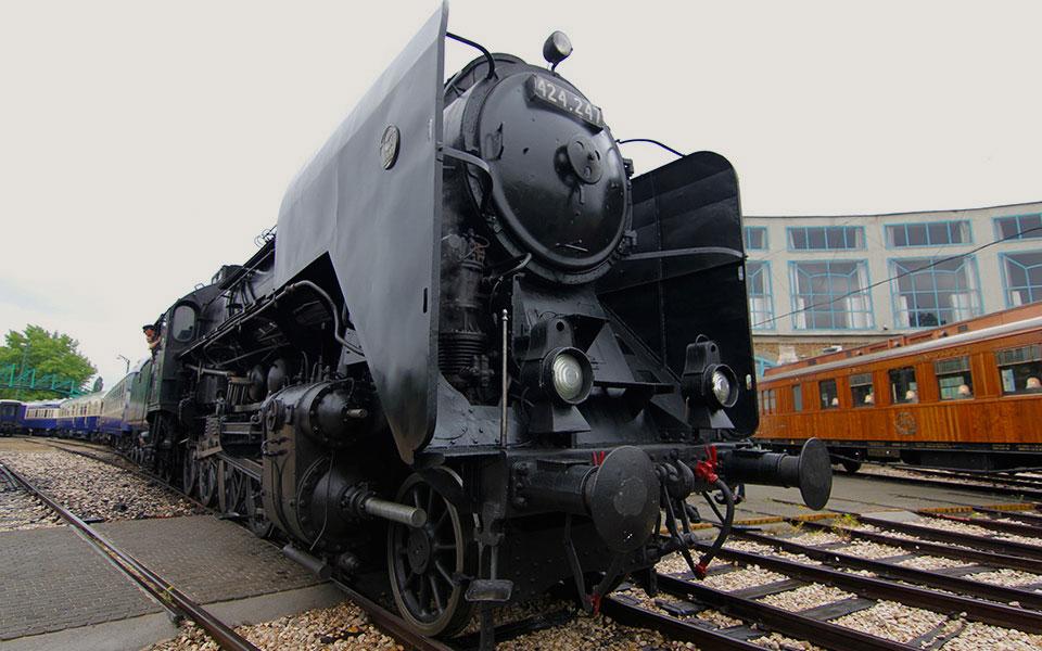 railway budapest 01