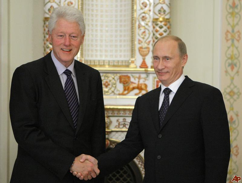 vladimir-putin-bill-clinton-2010