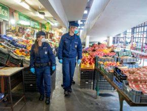 Piac rendőrök