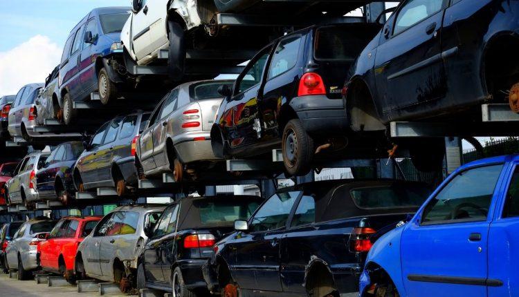 Majdnem 15 év az autóink átlagéletkora