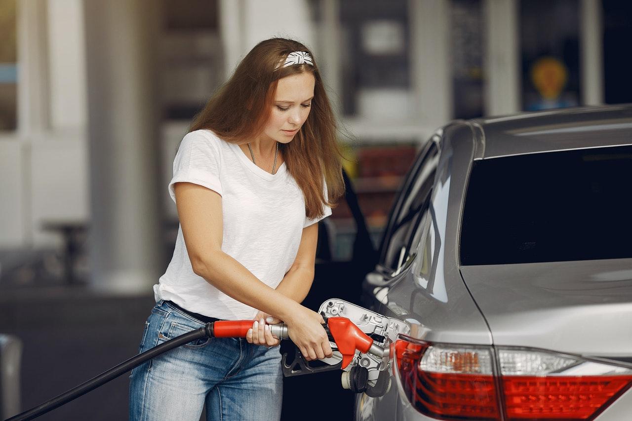 Ha Orbán akarná, lehetne olcsóbb a benzin